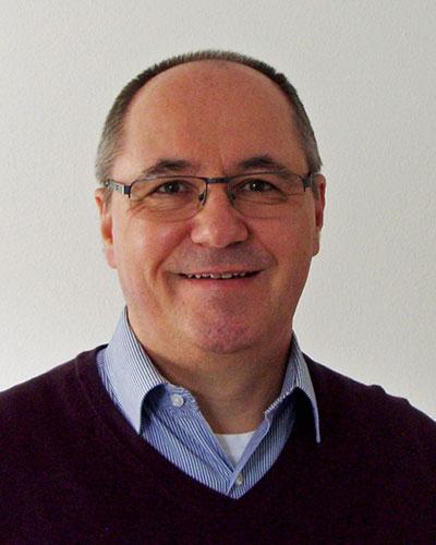 Pfarrer Bernhard Holz